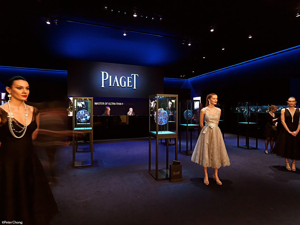 Piaget lobby at SIHH 2011 with beautiful models and fantastic jewellery